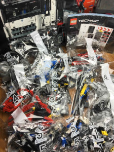 Lego® Technic 42043 Teile Übersicht