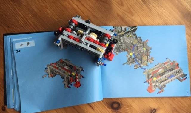 Lego technic 42043 Abstützung und Mechanik