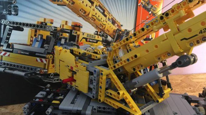 Lego Technic 42009 - Mobiler Schwerlastkran by brick-family.de